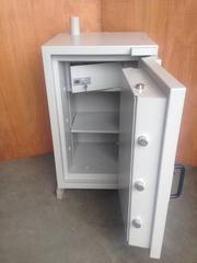 Rosengren European Grade 4 Size 90 Freestanding Safe